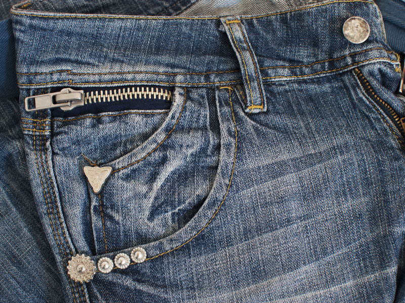 Jeans With Zipper And Rivets Texture