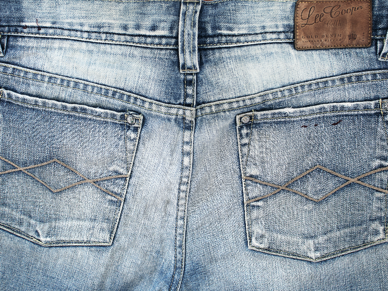 Vintage Jeans Back Pockets With Leather Label Texture